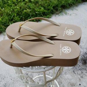 Tori Burch wedge sandals/ flipflop